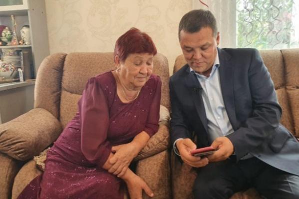 Главный инспектор ГИБДД Башкирии Динар Гильмутдинов с мамой