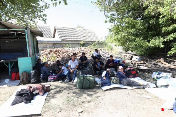 Граждан Узбекистана перенаправили со станции Первомайская в Ростове в Каменск-Шахтинский