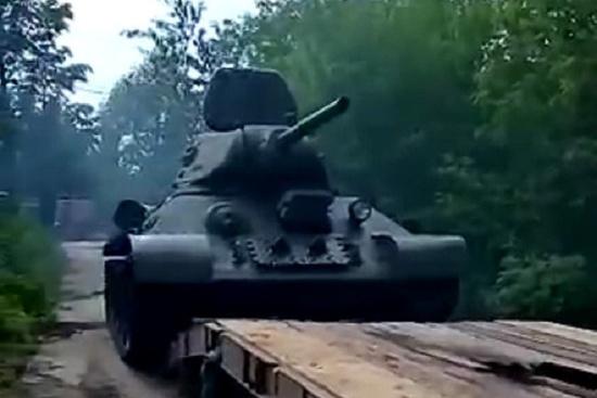 Танк доставят из Псковской области