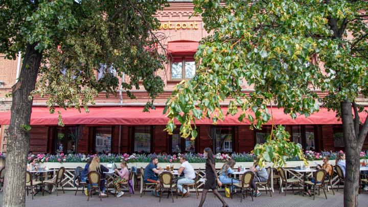 Владельцев челябинских кафе, открывшихся после карантина, предупредили о проверках