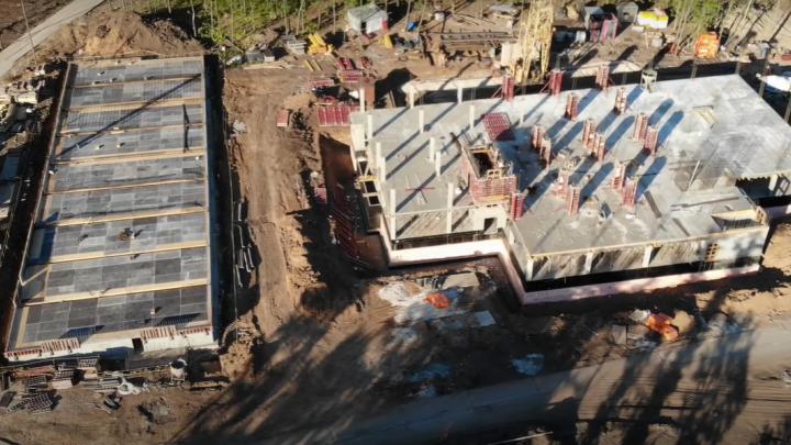 Рабочие начали строить второй этаж комплекса ГИБДД около «Самара Арены»