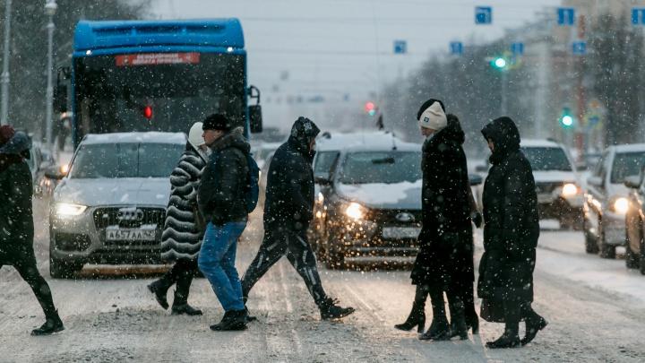 Жители 18 территорий Кузбасса заболели коронавирусом. Рассказываем, где нашли новые случаи COVID-19