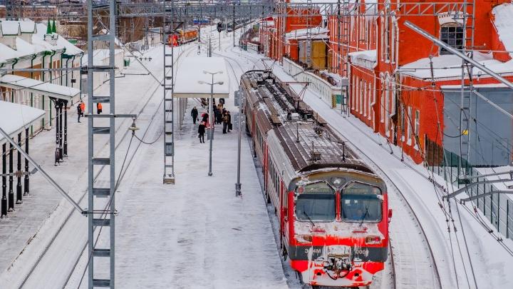 Появилось расписание движения электричек в Прикамье в новогодние праздники