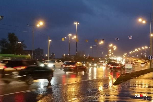 Водителей, которые рискнут сесть за руль в состоянии опьянения, лишат водительских прав. А в некоторых случаях даже могут привлечь к уголовной ответственности