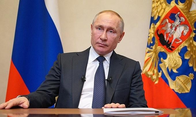 Что закроют в Екатеринбурге? Каких решений мы ждем после заявления Путина о неделе каникул