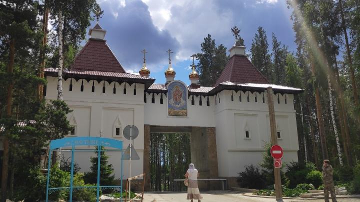 Бывшая сотрудница полиции ответила на обвинения в насилии над детьми в Среднеуральском монастыре