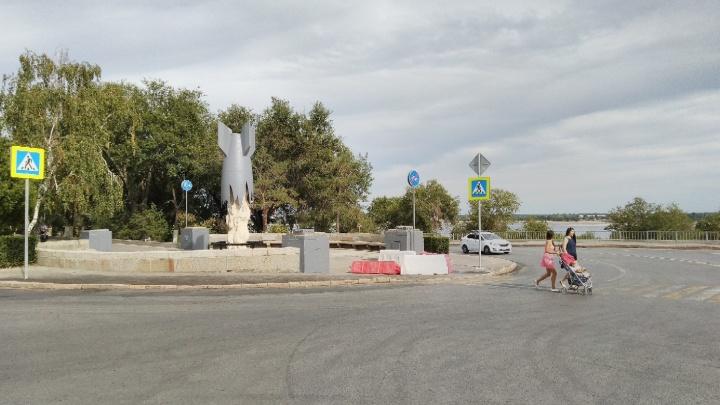 Волгоградец потребовал сделать велопереезд на перекрёстке в центре города