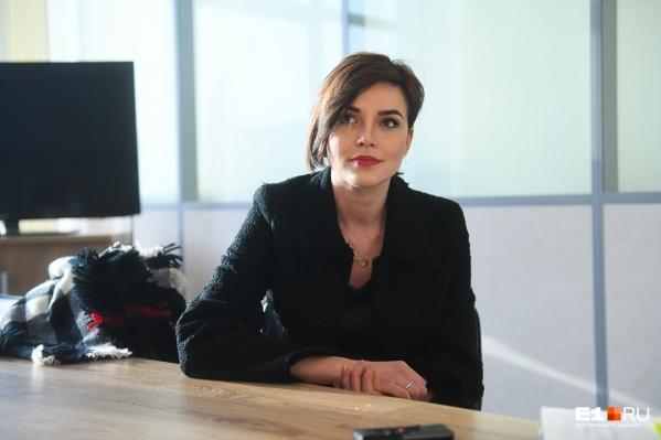 Сейчас Дарья живет в Москве и работает на РЕН ТВ