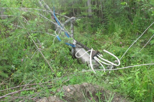 Место гибели пенсионера — он был вызван, чтобы отремонтировать линию электропередач