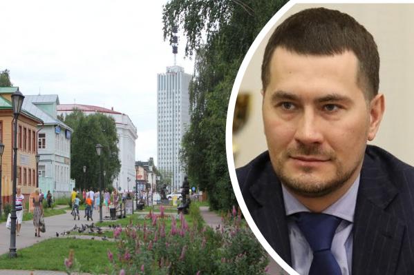 Артем Вахрушев сказал, что, если горожане не проявят осознанность и не будут сами носить маски в автобусах, возможно, это станет обязательно по указу губернатора