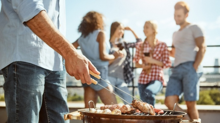 Устраиваем пикник: инструкция, что взять с собой на природу или дачу и где это купить