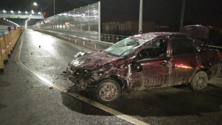 Машина врезалась в ограждение и перевернулась три раза: на северной трассе погиб житель Каскары