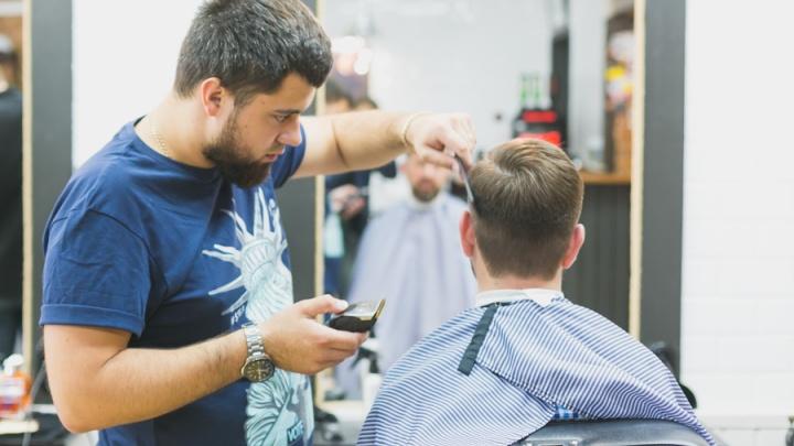 В Красноярске официально заработали парикмахерские и салоны красоты