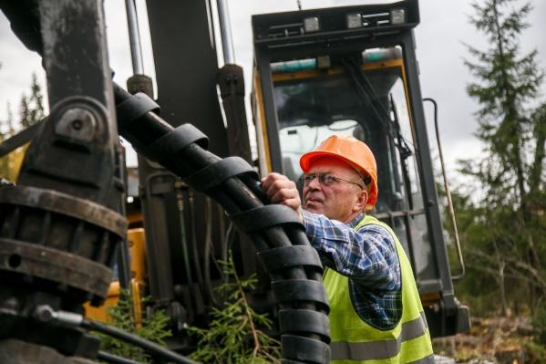 Лес сплавляет собственное логистическое предприятие «Титана» ООО «Беломорская сплавная компания»