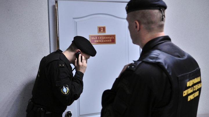 Как в лихих 90-х: в Екатеринбурге будут судить мужчину за похищение владельца автостоянки ради выручки