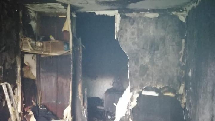 В Ленинском районе эвакуировали 10 человек из-за пожара в квартире
