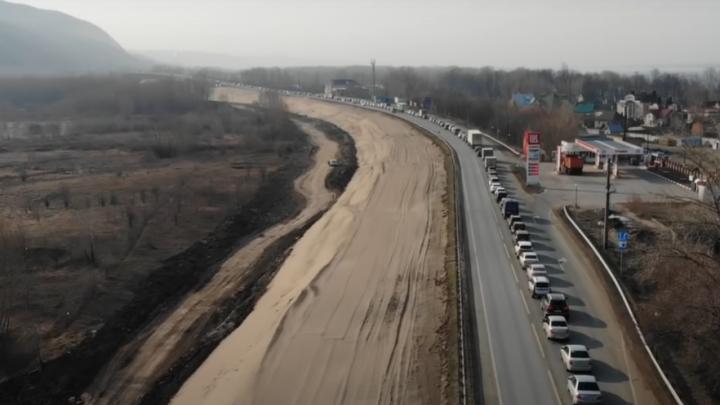Осторожно, пробки! Видео строительства нового моста через реку Сок