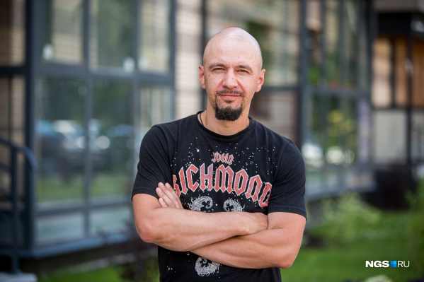 Максим Петров руководит компанией «АКД», которая входит в топ-10 крупнейших застройщиков Новосибирска и строит ЖК «Оазис», «Бавария» и «Спектр»