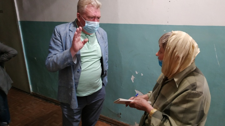 Чиновники передумали выселять из общежития 71-летнюю Аллу Орлову, про которую написал НГС