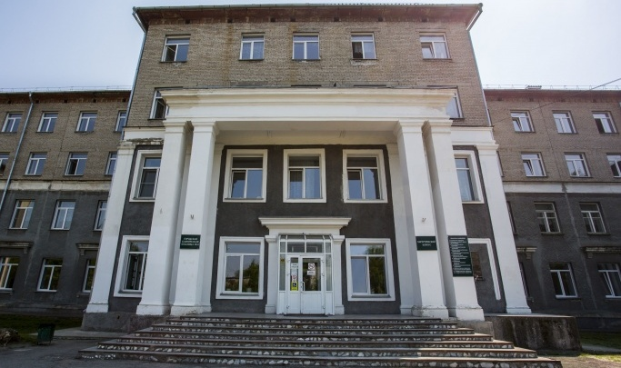 Многострадальный корпус больницы №34 в Новосибирске всё-таки решили достроить