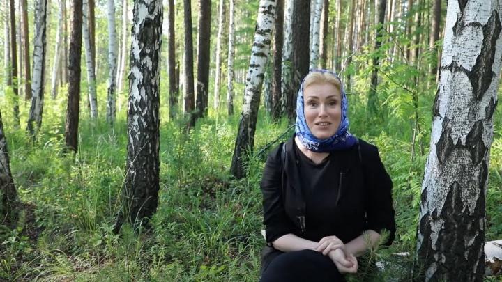 «Спят по 3-4 часа в сутки»: Мария Шукшина рассказала о жизни монахинь в скитах отца Сергия