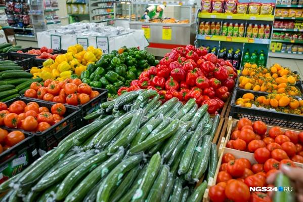 В этом году некоторые фрукты и ягоды поспели раньше обычного
