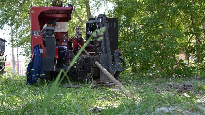 Работы пройдут быстрее: в Омске меняют изношенные участки водопроводных сетей современным способом