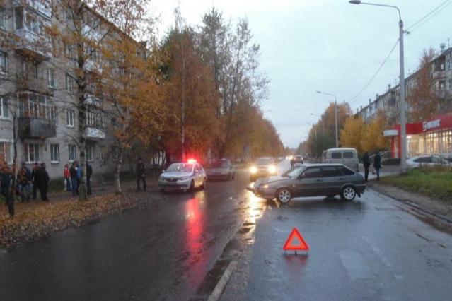"""Нередко <a href=""""https://29.ru/text/incidents/69489269/"""" target=""""_blank"""" class=""""_"""">пешеходы гибнут, переходя дорогу в неположенном месте</a>, хотя знают, что «зебра» неподалеку"""