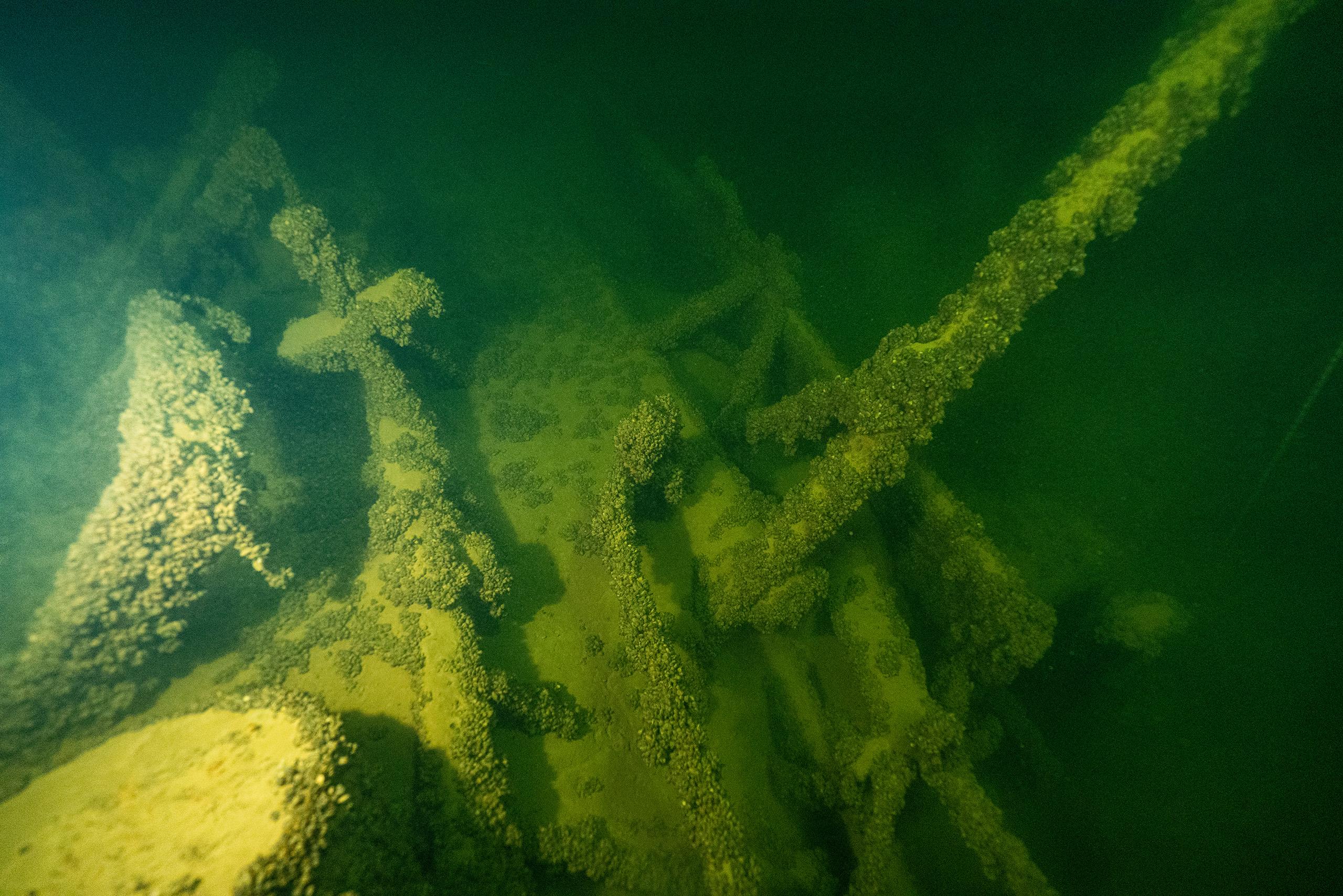 Можете себе представить, что этот пароход пробыл на дне 54 года?