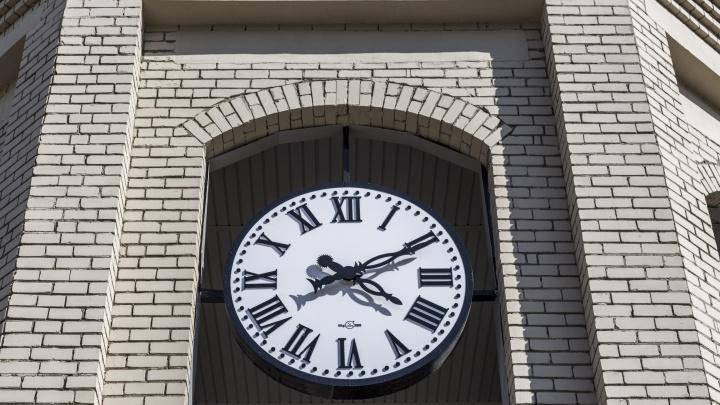 «Нас лишат больше 200 светлых часов»: волгоградцы встали на защиту местного времени