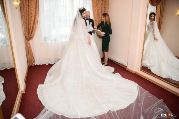 В Курганской области из года в год уменьшается количество браков