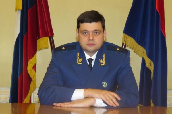 Владимир Ведерников потребовал привлечь к ответу тех, кто допустил ЧП в пристанище обездоленных детей