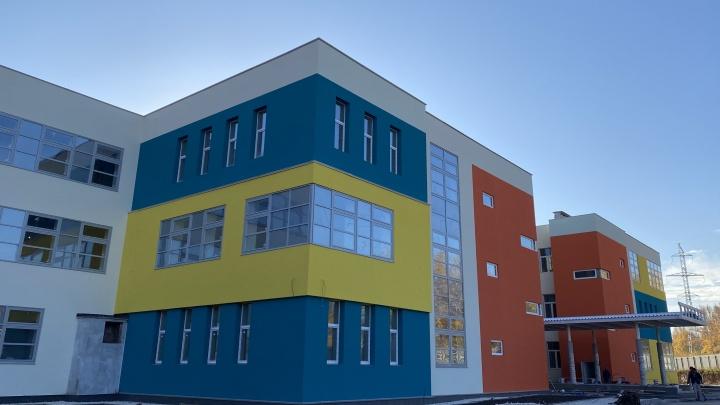 Строители школы в «Новой Самаре» заболели коронавирусом