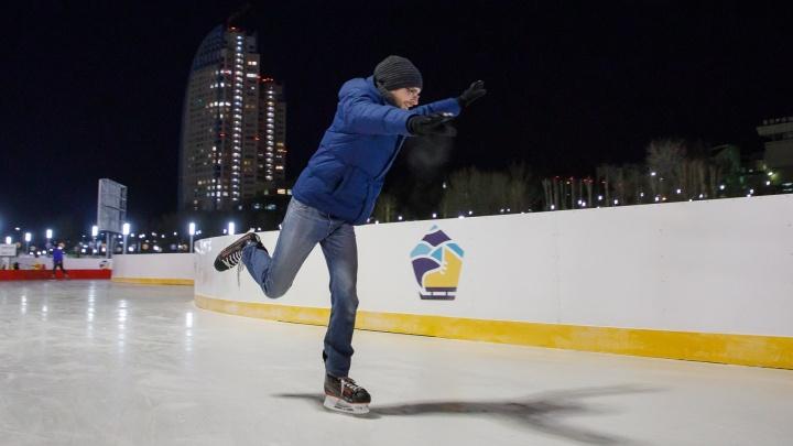 «Консервация завершилась»: на катке-долгострое в центре Волгограда устроят летние развлечения