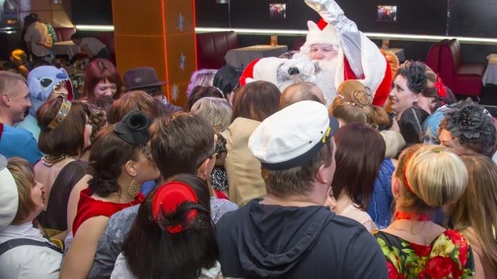 «Звонят из Москвы, запрещают корпоративы»: как в коронавирус компании Челябинска отметят Новый год