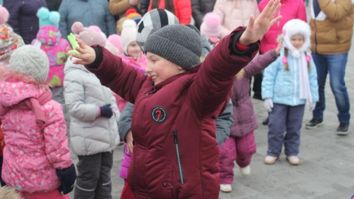 Телеканал «Тюменское время» устроил весёлые проводы зимы
