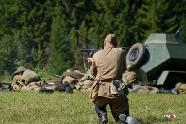 На маневрах показывали сражения Первой, Второй мировой и Гражданской войн