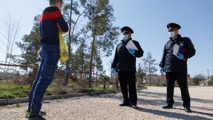 В Волгоградской области устроили облаву на праздношатающихся горожан: почти 50 протоколов за сутки