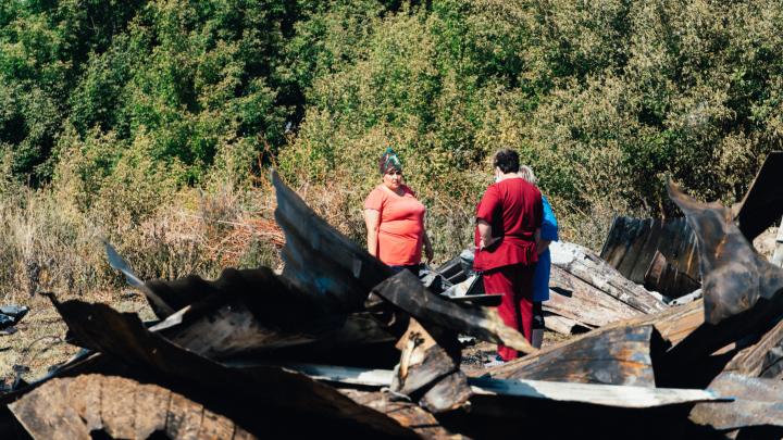 После пожара в Береговом, в котором пострадали двое детей, возбуждено уголовное дело