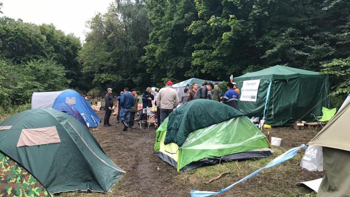 «Если нужно, будем и до весны стоять»: корреспонденты UFA1.RU побывали в лагере защитников Куштау
