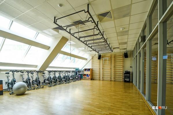 Фитнес-клубы пустуют с конца марта