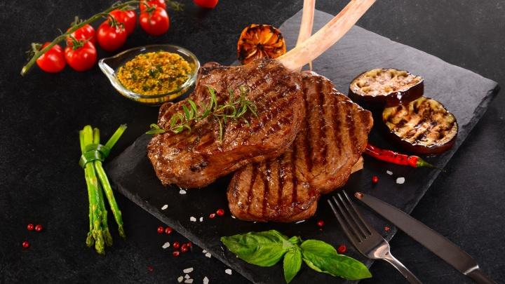 Сочный стейк по рецепту Джейми Оливера или бефстроганов как у бабушки: появилась доставка свежей говядины и баранины
