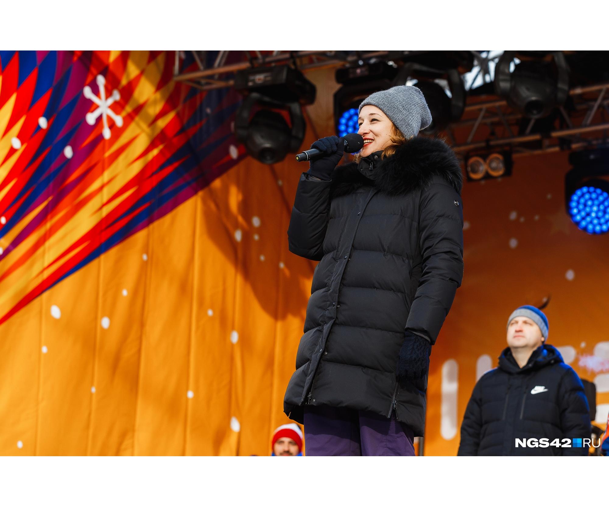 В день открытия в Шерегеш приехала Елена Лысенкова,&nbsp;начальник Управления государственных туристских проектов и безопасности туризма Федерального агентства по туризму<br>