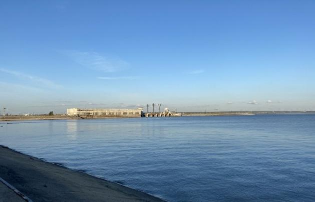 «Это был пакет, а не тело»: спасатели объяснили, почему долго ищут новосибирца, утонувшего возле дамбы ГЭС