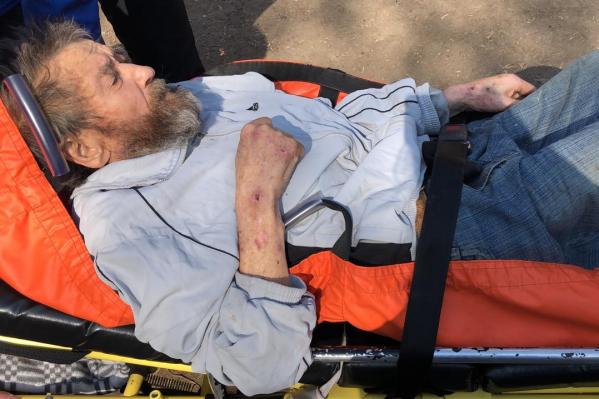 Хатибу Хатибовичу предоставили новую одежду и экстренно госпитализировали