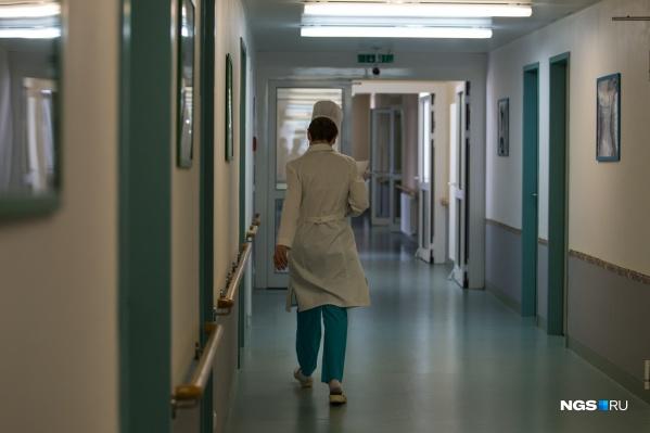Под медицинским наблюдением находятся 1160 жителей области, 41 305 человек сняты с меднаблюдения