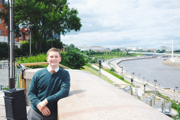 Питер приехал в Тюмень за неделю до начала режима полной самоизоляции. В России он проведет еще 1,5 года, прежде чем вернется домой