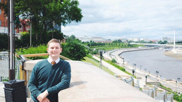 «Приехал изучать Россию». Фотограф и волонтер из Англии — о жизни в Тюмени