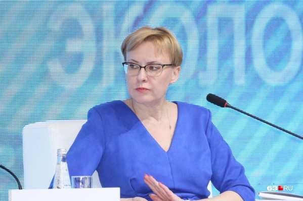 Елена Лапушкина определила номера новых школ