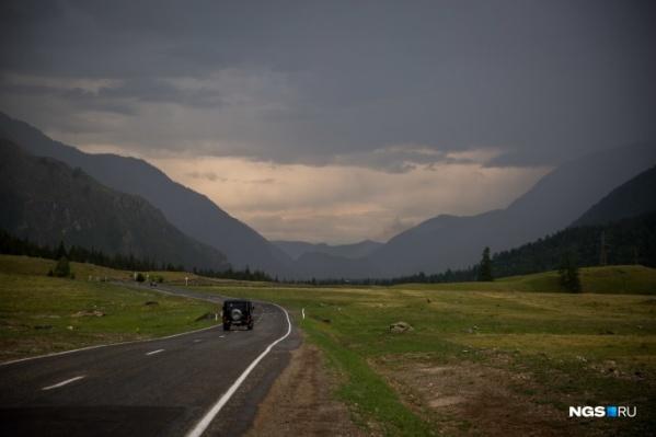 Теперь, когда турбазы открыты, на Алтай можно ехать не только дикарями, но и с расчетом на отдых с комфортом
